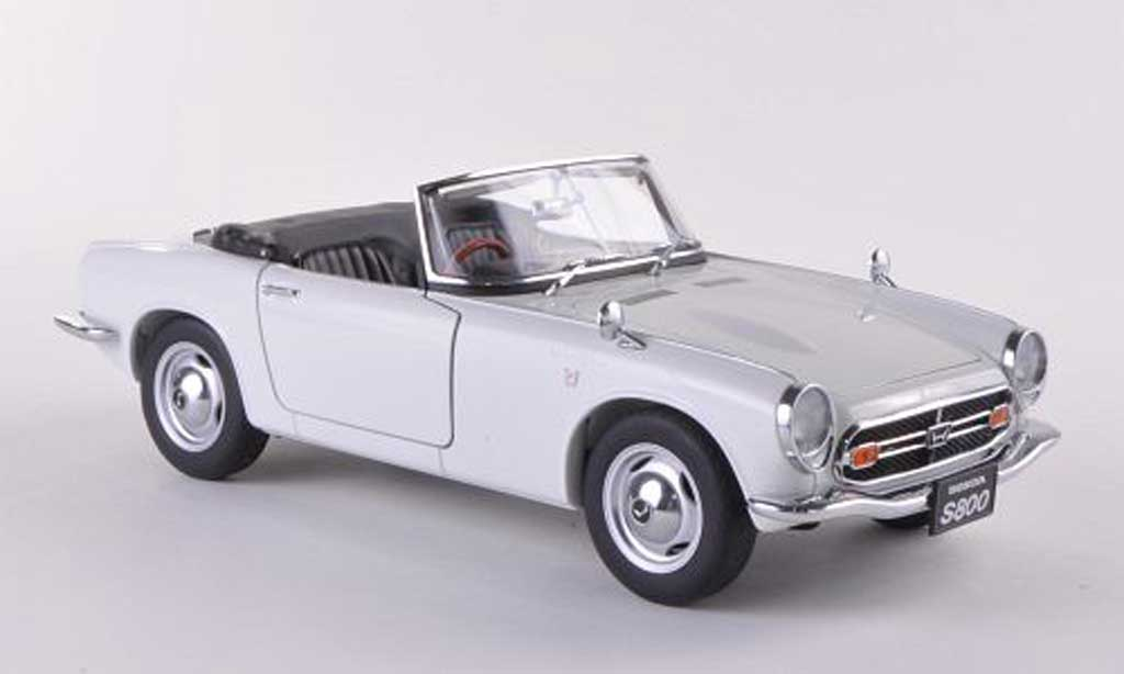 Honda S800 1/18 Autoart Roadster white 1966 diecast model cars
