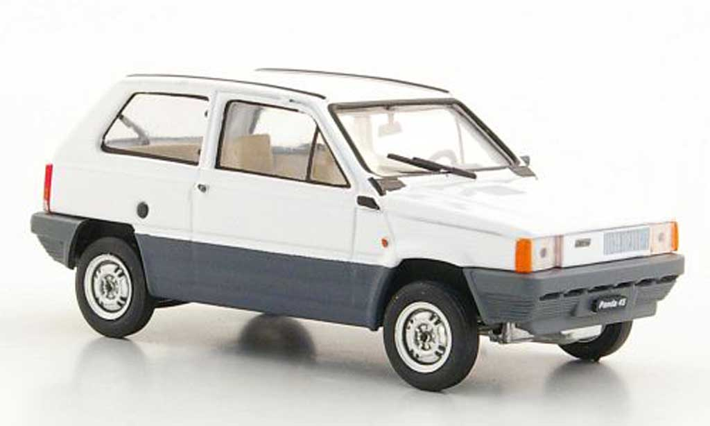 fiat panda miniature 45 blanche 1980 brumm 1 43 voiture. Black Bedroom Furniture Sets. Home Design Ideas