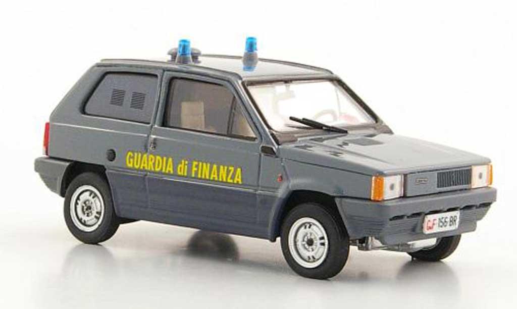 Fiat Panda 45 Guardia di Finanza - Squadra Cinofili 1980 Brumm. Fiat Panda 45 Guardia di Finanza - Squadra Cinofili 1980 modellini 1/43