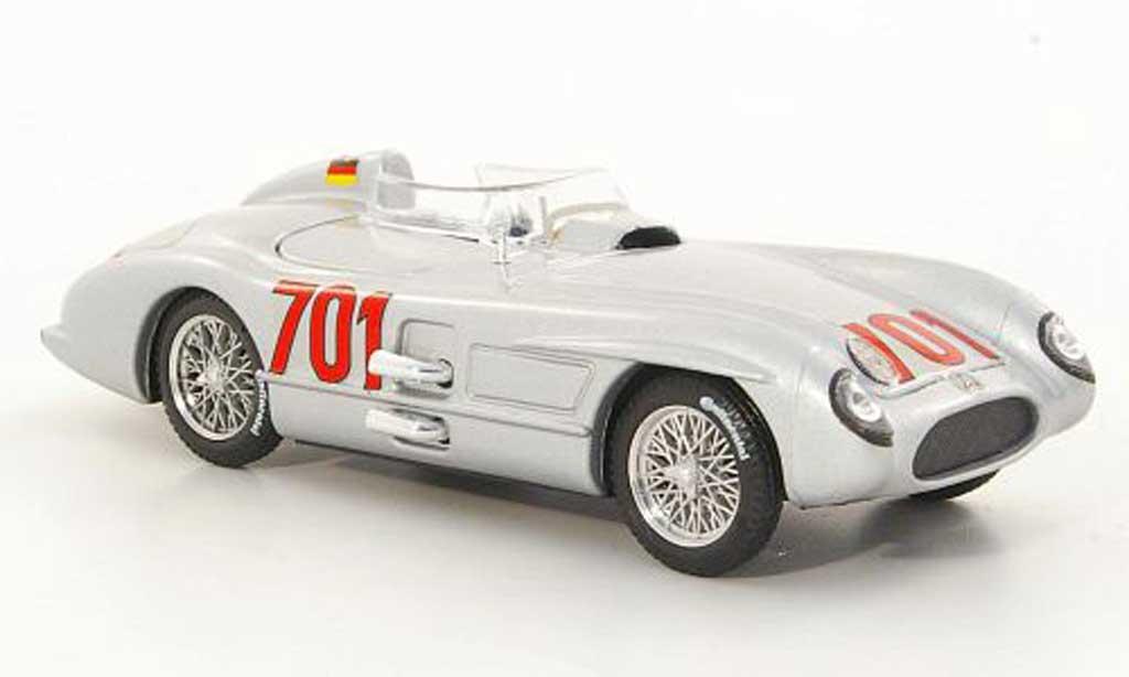 Mercedes 300 SLR 1/43 Brumm No.701 K.Kling Mille Miglila 1955 miniature