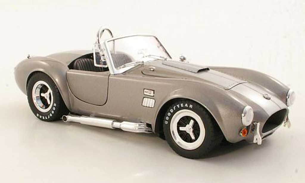Shelby Ac Cobra 1/18 Shelby Collectibles 427 S/C grise/grise metallisee miniature