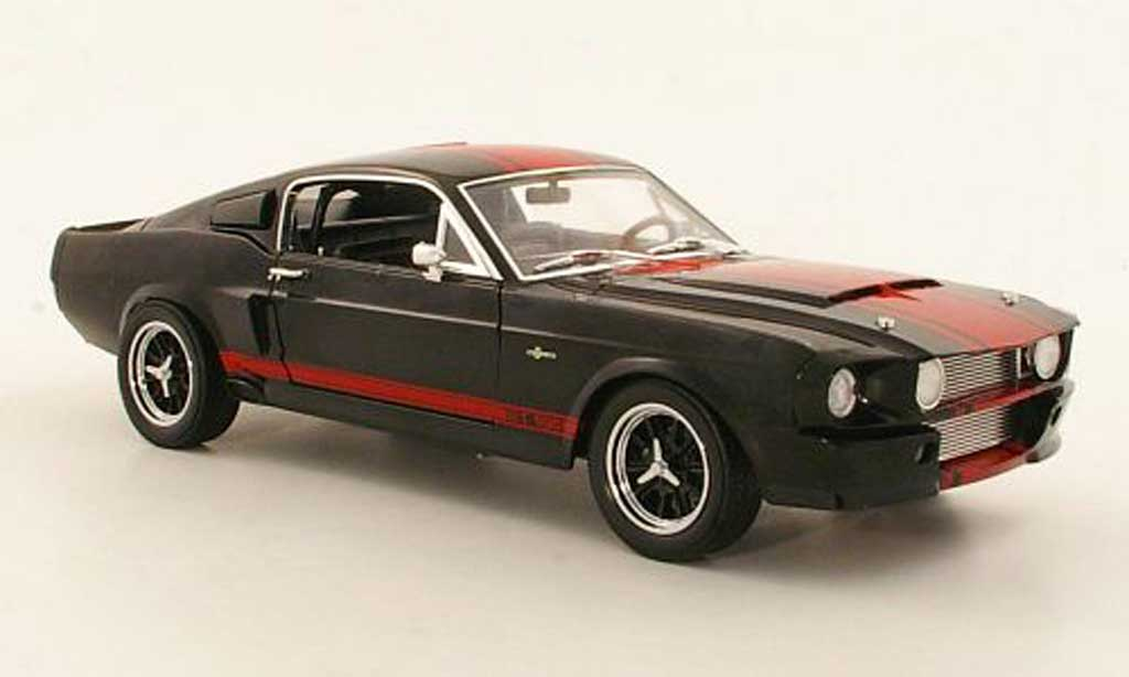 Shelby GT 500 1/18 Shelby Collectibles Super Snake noire/rouge miniature