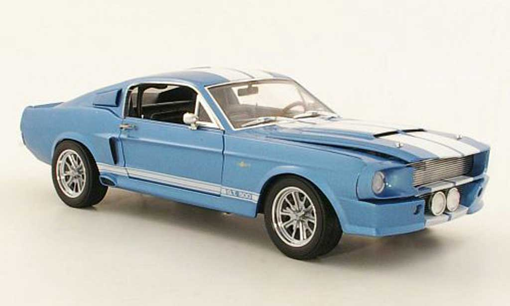 Shelby GT 500 1/18 Shelby Collectibles Super Snake bleu/blanche 1967 miniature