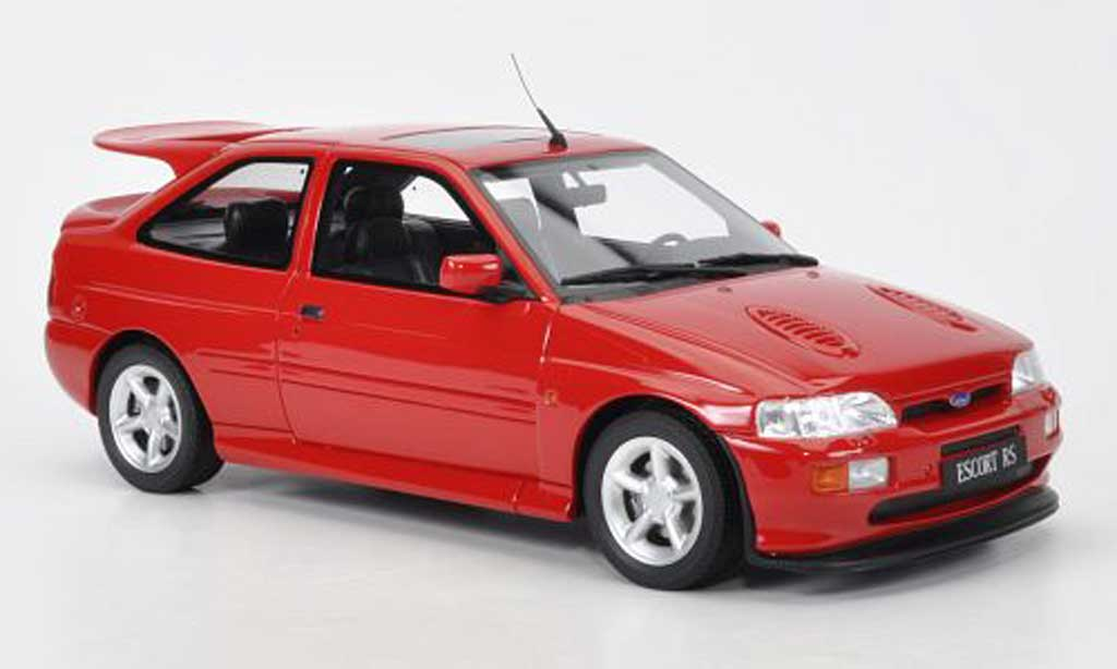 Ford Escort Cosworth 1/18 Ottomobile  rouge 1992 miniature