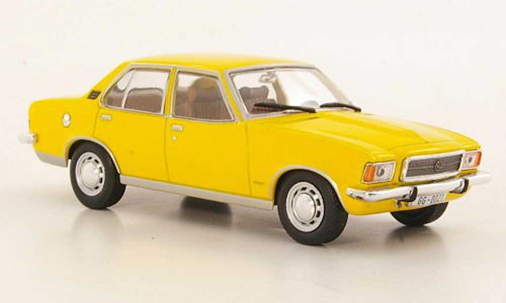 Opel Rekord 1/43 WhiteBox D 2100 Diesel jaune miniature