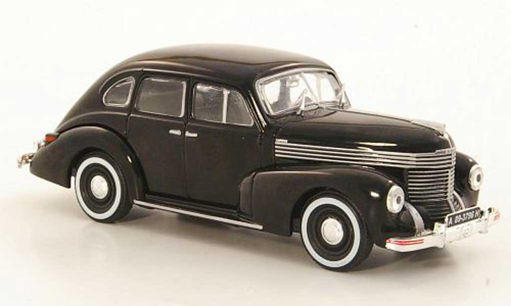 Opel Kapitan 1/43 WhiteBox noire miniature