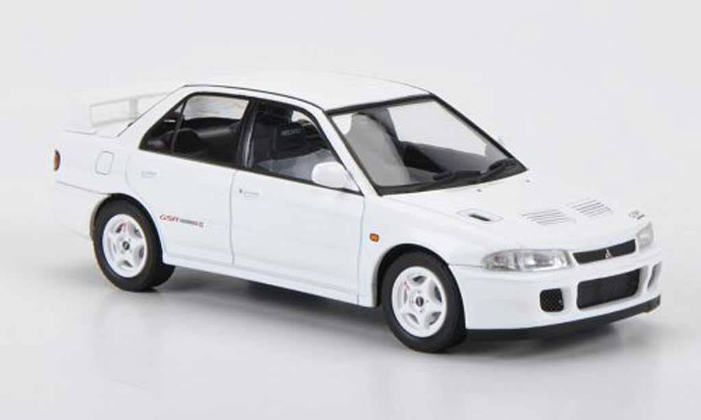 Mitsubishi Lancer Evolution II 1/43 HPI GSR blanche RHD 1994 miniature