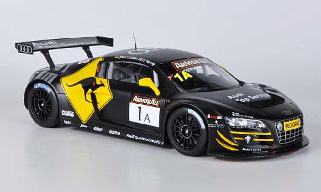 Audi R8 2012 1/18 Spark LMS No.1 C.Mies/D.O'Young/C.Joens12h Bathurst diecast