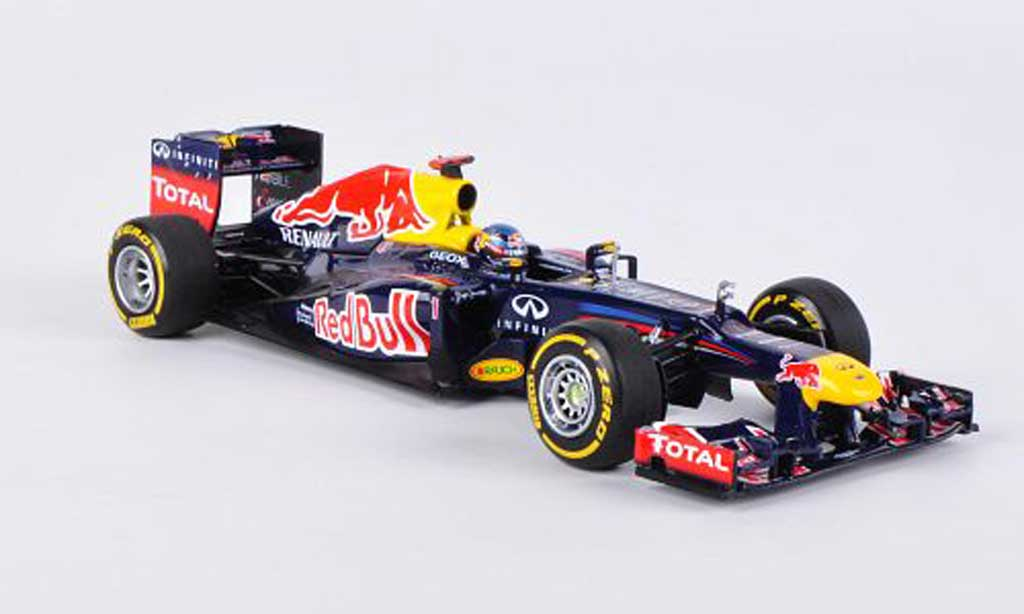 Renault F1 2012 1/43 Minichamps Red Bull RB8 No.1 S.Vettel -Saison diecast model cars