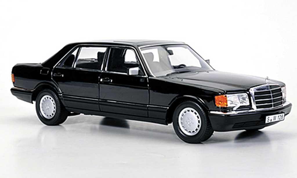 Mercedes 560 SEL 1/18 Norev (W126) noire 1985 miniature