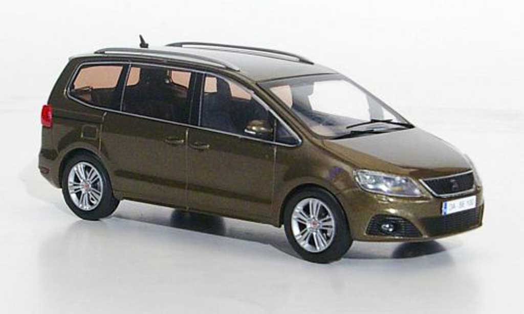 Seat Alhambra 1/43 Hachette marron 2010 diecast model cars