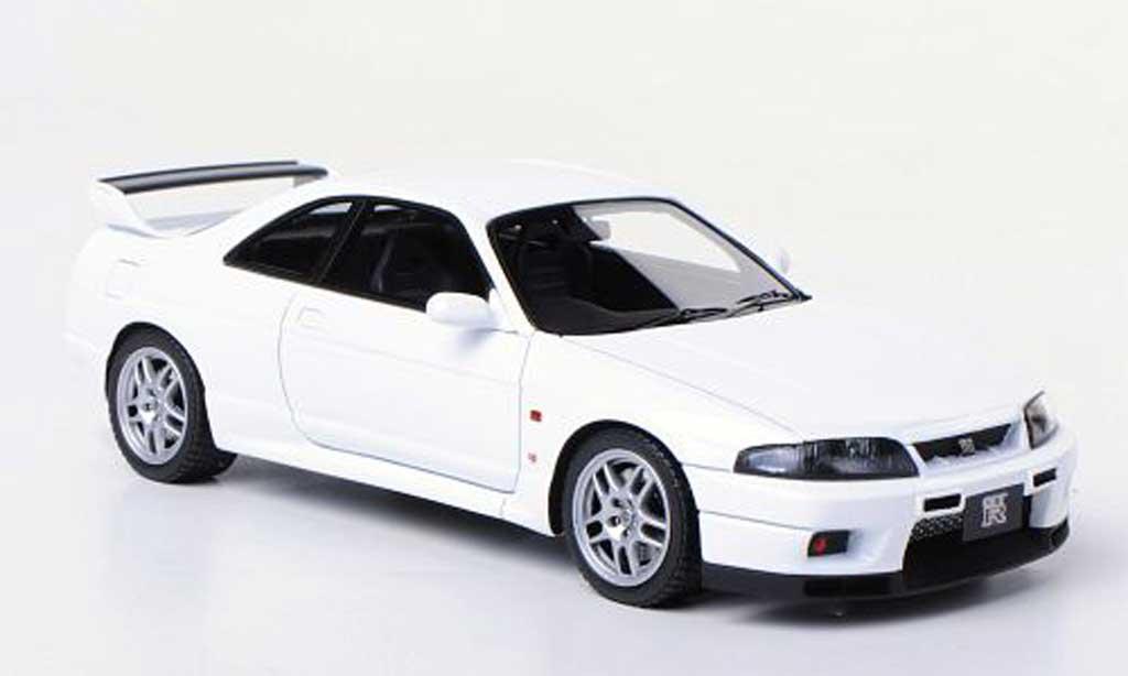 Nissan Skyline R33 1/43 HPI GT-R V-Spec N1  blanche RHD miniature