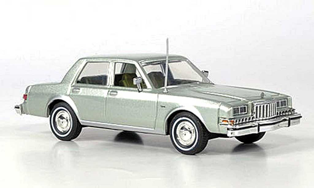 Dodge Diplomat 1/43 First Response grun 1985 miniature