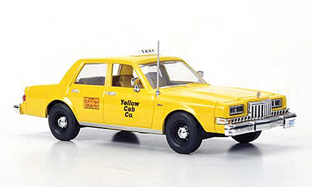 Dodge Diplomat 1/43 First Response Taxi Yellow Cab Co 1985 miniature