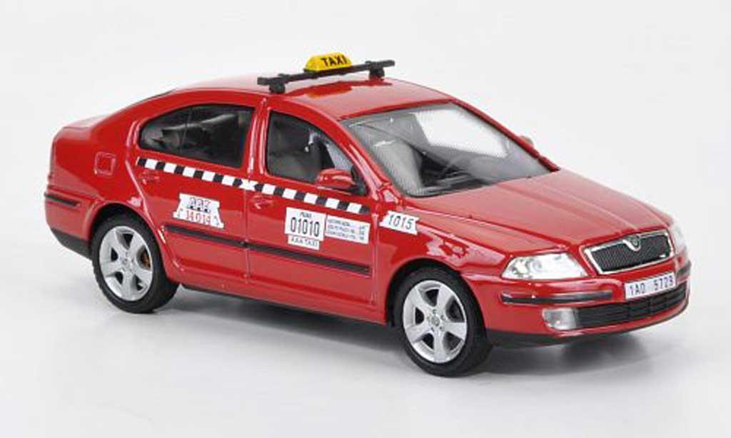 Skoda Octavia Combi 1/43 Abrex TAXI rouge miniature
