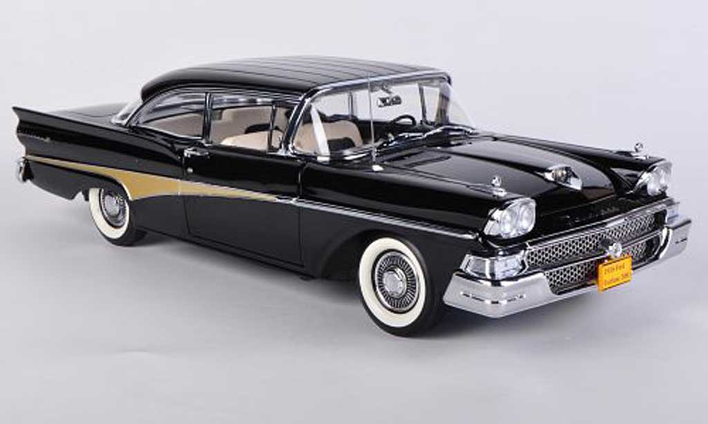 Ford Fairline 1/18 Sun Star 500 Hard Top noire miniature