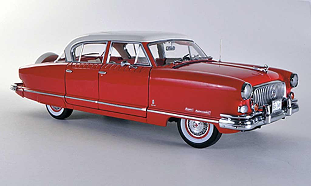 Nash Ambassador 1/18 Sun Star Airflyte red/white 1952 diecast