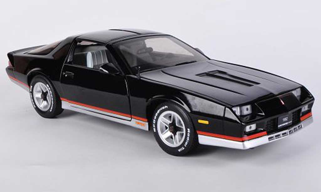 chevrolet camaro z28 1982 schwarz sun star modellauto 1 18 kaufen verkauf modellauto online. Black Bedroom Furniture Sets. Home Design Ideas