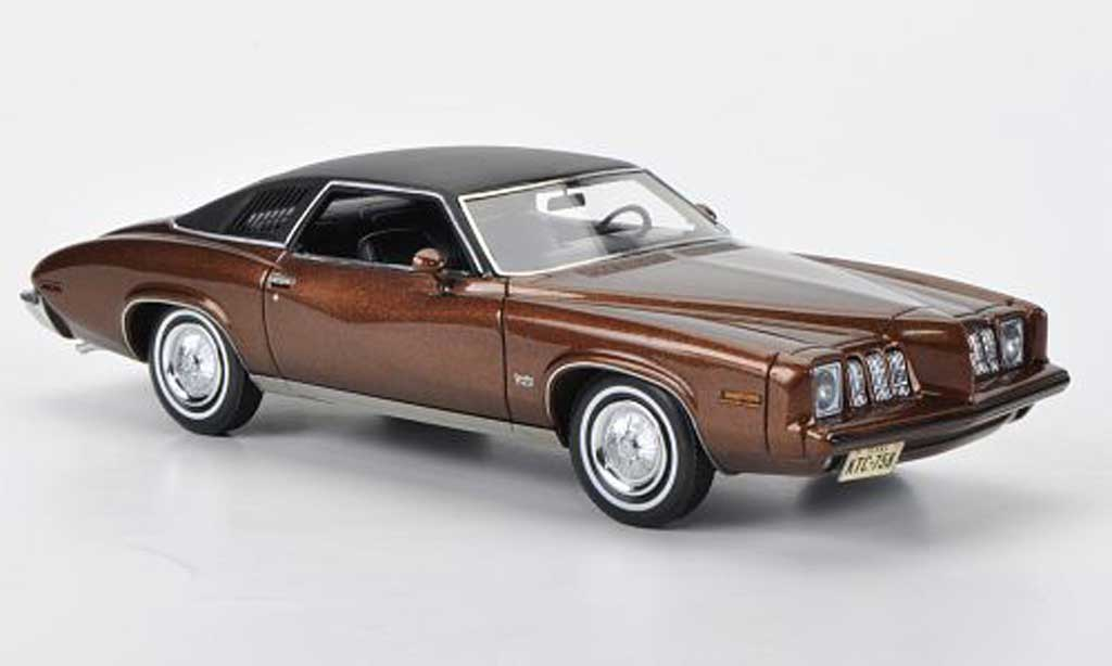 Pontiac Grand Am 1/43 American Excellence 2-portes Coupe marron/mattnoire limited edition 1973 miniature
