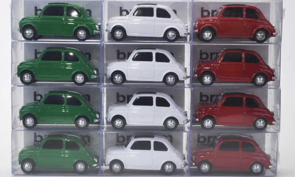 fiat 500 miniature 12er set nuova tricolore verte blanche rouge 1957 brumm 1 43 voiture. Black Bedroom Furniture Sets. Home Design Ideas