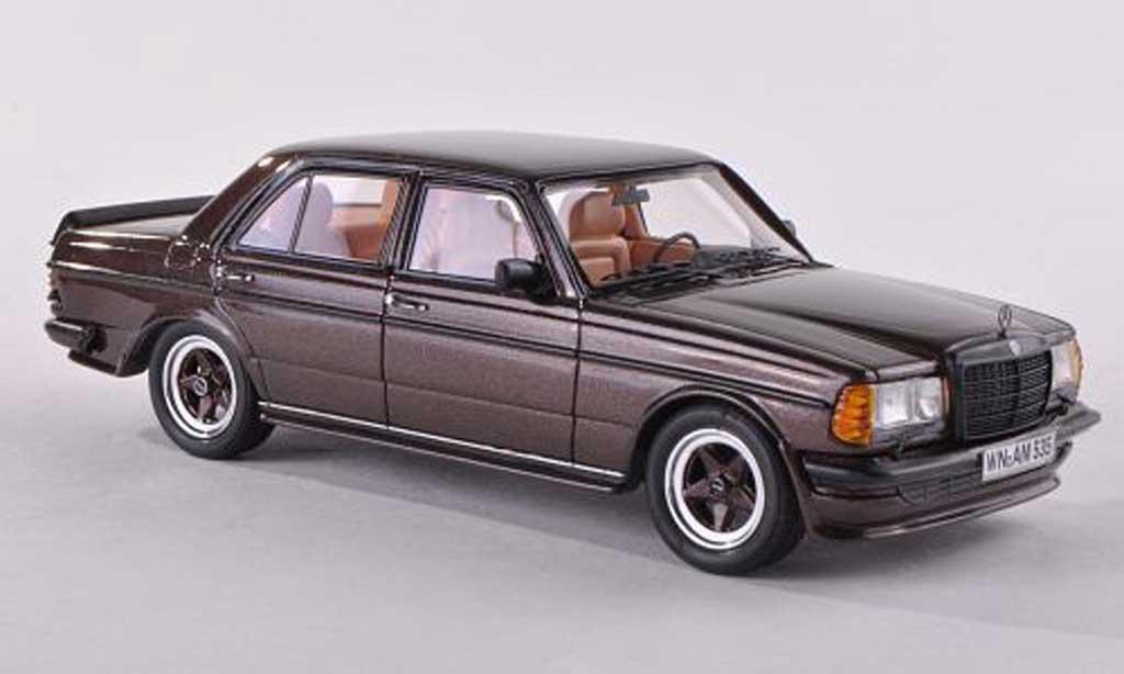 Mercedes 280 1980 1/43 Neo E (W123) AMG noire-brun miniature
