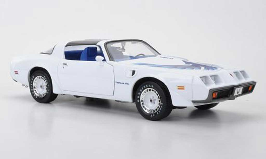 Pontiac Firebird 1980 1/18 Greenlight Turbo T/A blanche avec bleuem Dekor 1980 Triple 9 Collection miniature