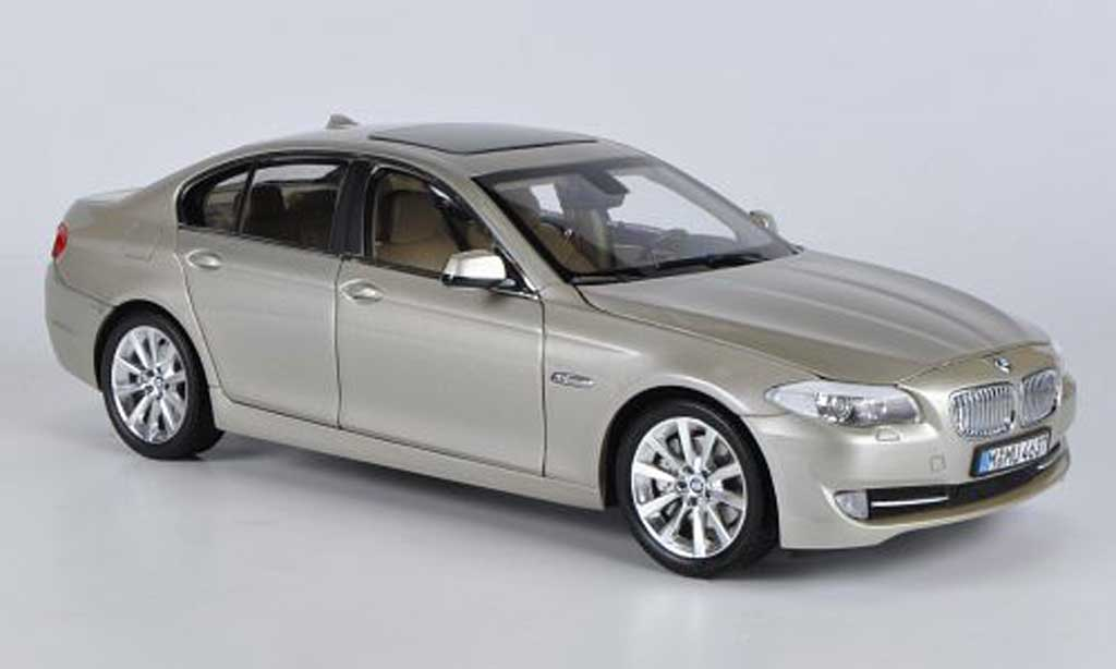 Bmw 518 F10 1/18 Welly d or miniature