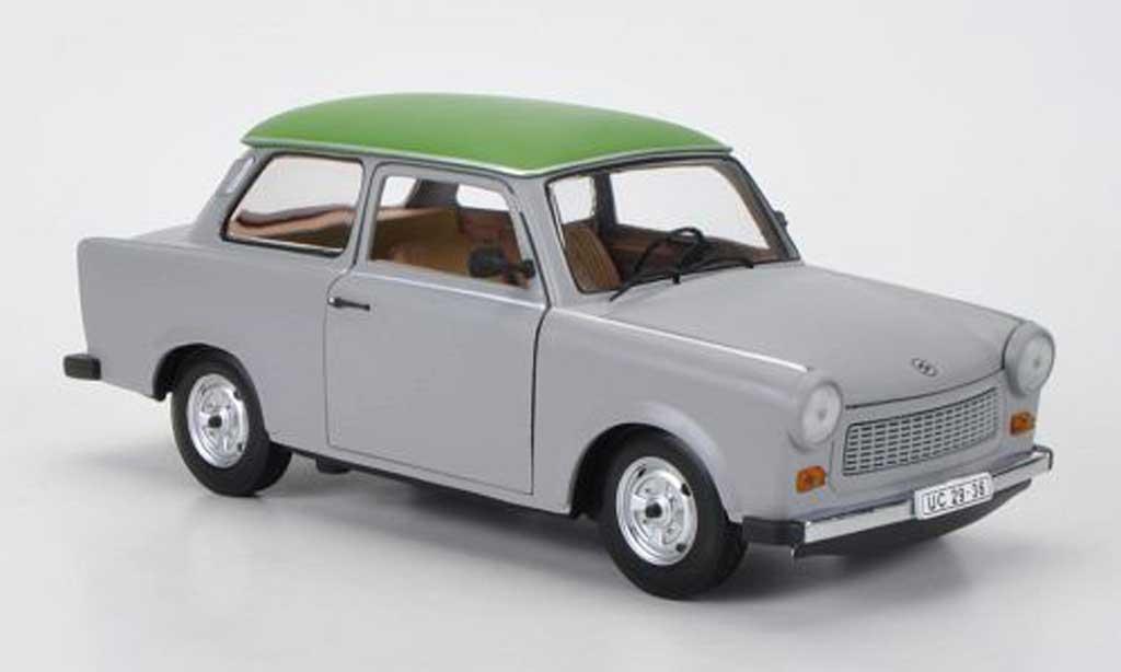 Trabant 601 de luxe 1/18 Sun Star grise/grun miniature