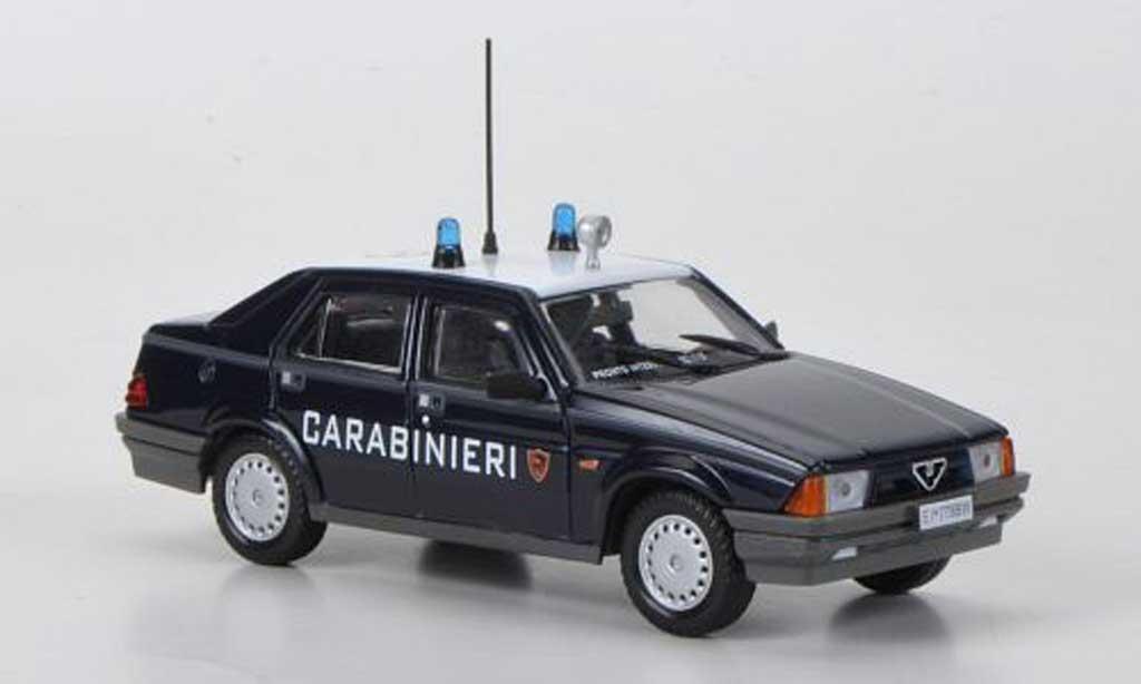 Alfa Romeo 75 Carabinieri 1988 Hachette. Alfa Romeo 75 Carabinieri 1988 Police miniature 1/43