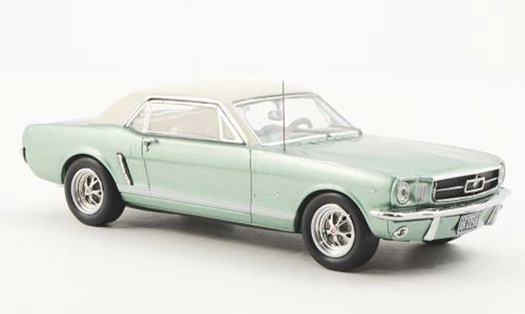 Ford Mustang 1965 green Premium X. Ford Mustang 1965 green miniature 1/43