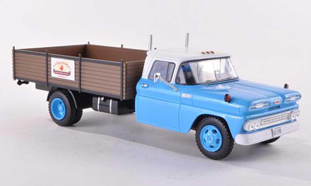 Chevrolet C-30 1/18 Premium X Truck Naturalfarming 1961 diecast model cars