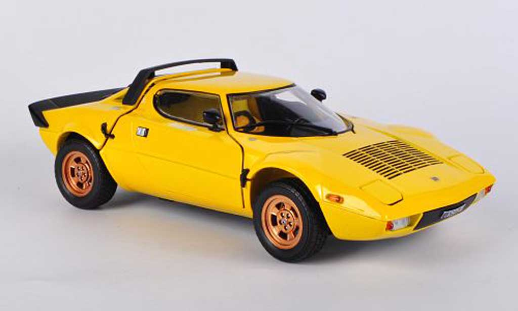 Lancia Stratos 1/18 Sun Star yellow 1975 diecast