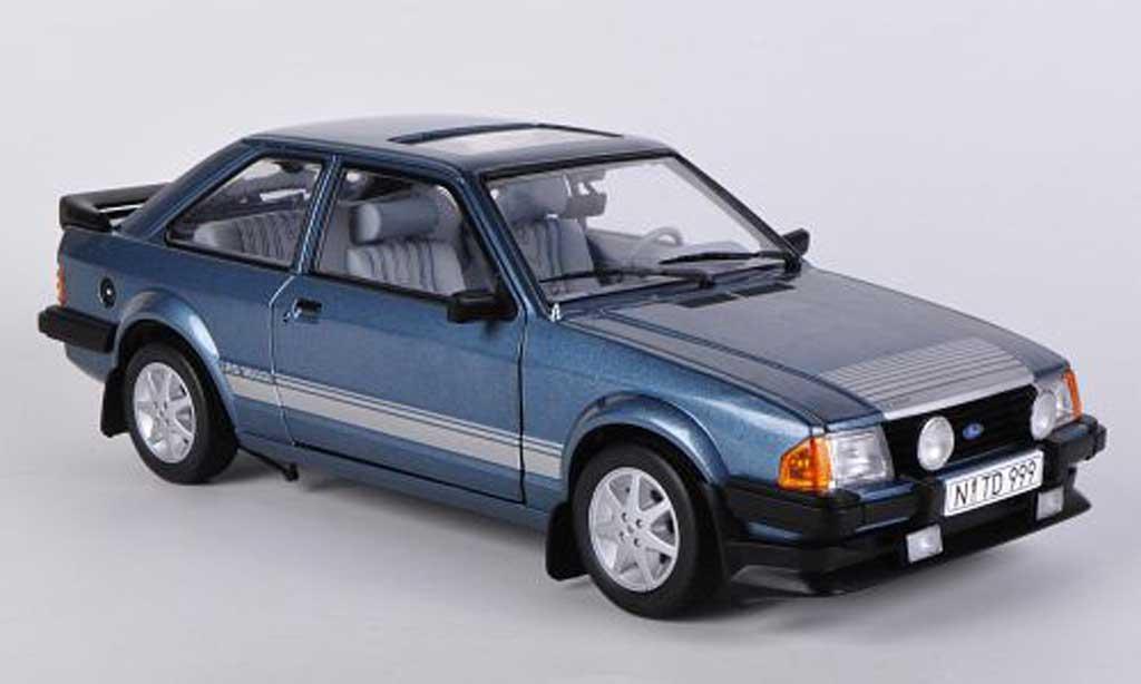 Ford Escort RS 1600 1/18 Sun Star bleu 1984 miniature