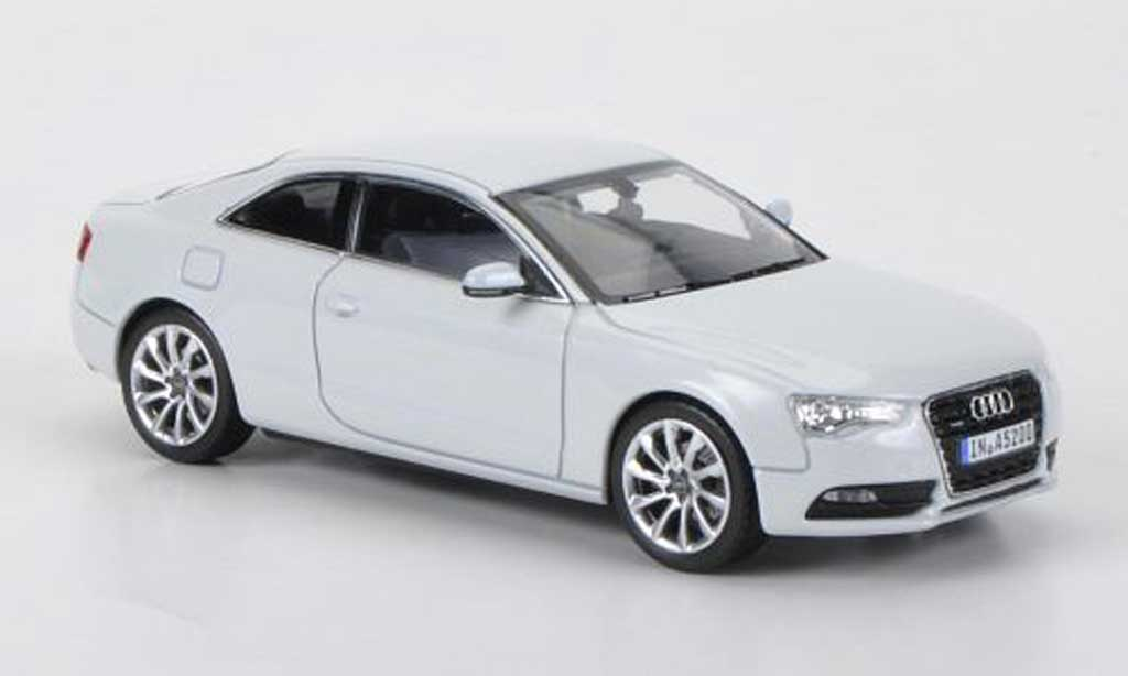 audi a5 miniature coupe blanche 2011 norev 1 43 voiture. Black Bedroom Furniture Sets. Home Design Ideas
