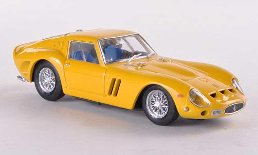 Ferrari 250 GTO 1965 1/43 Brumm jaune miniature