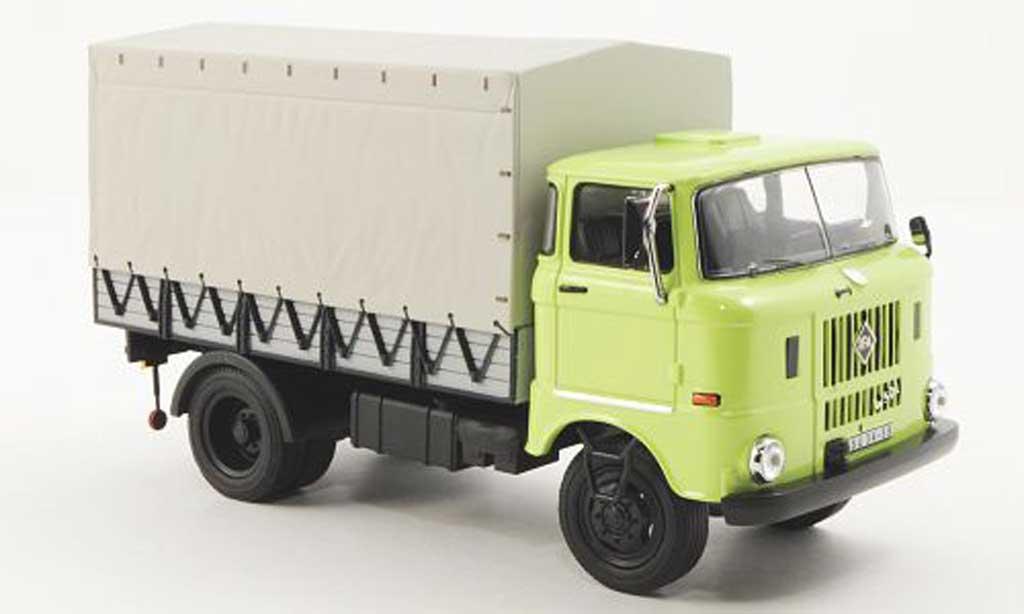 IFA W50L 1/43 IST Models grun 1965 miniature