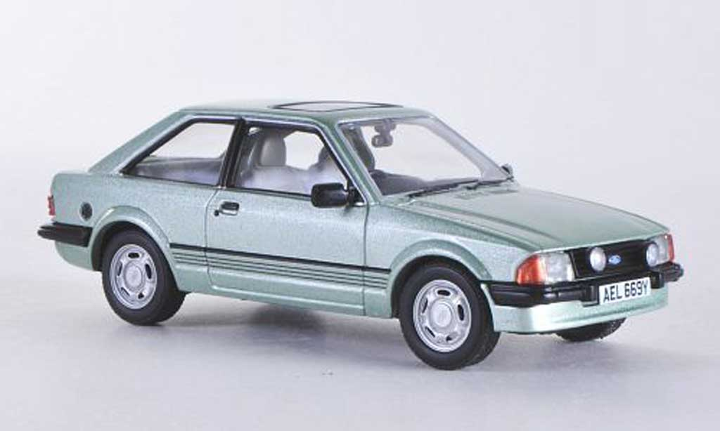 Ford Escort MK3 1/43 Vanguards 1.6 Ghia grun RHD miniature