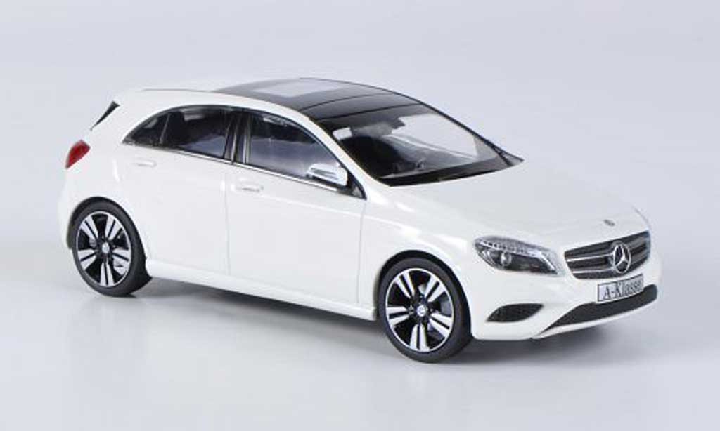 mercedes classe a miniature w176 blanche 2012 schuco 1 43 voiture. Black Bedroom Furniture Sets. Home Design Ideas