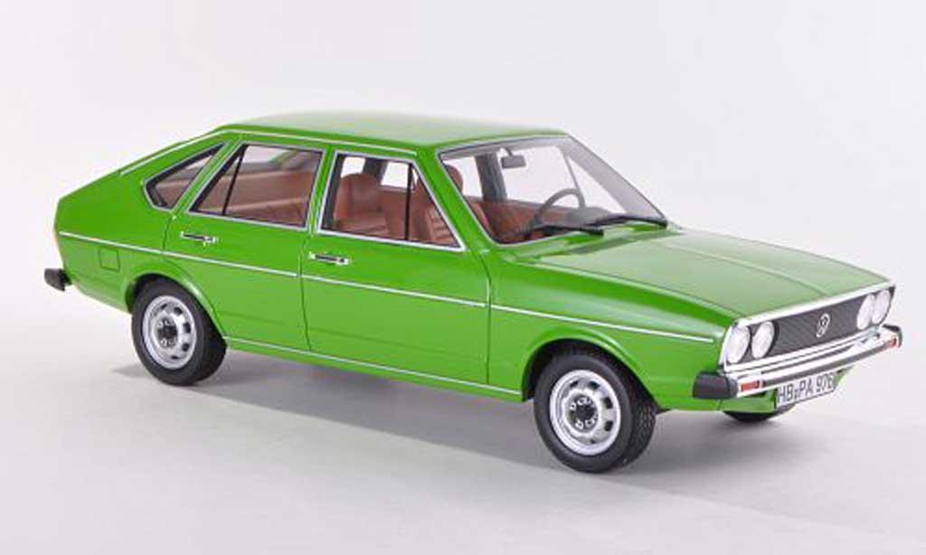 Volkswagen Passat 1/18 BoS Models TS (B1) grun limitierte Auflage 1.000 Stuck 1976 miniature