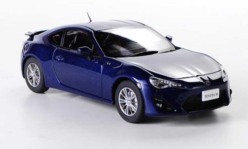 Toyota 86 2012 1/43 Ebbro bleu RHD miniature