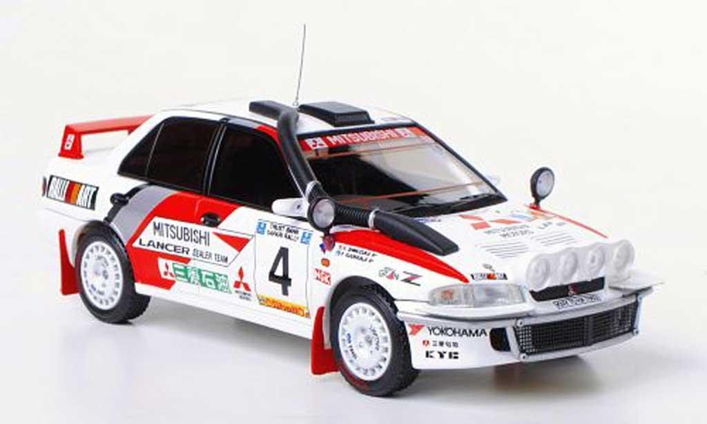 Mitsubishi Lancer Evolution II 1/43 HPI Mirage No.4 Nachtfahr-Version RalliArt P.Kuukkala / K.Shinozuka Safari Rally 1994 miniature