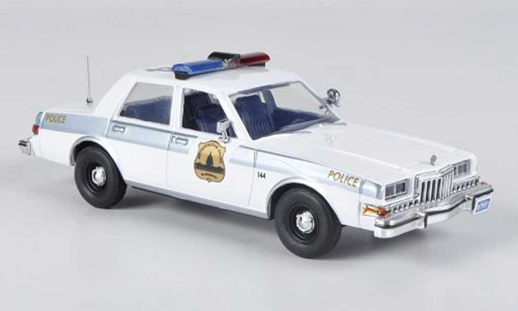 Dodge Diplomat 1/43 First Response Washington D.C. Metropolitan Police 1985 miniature