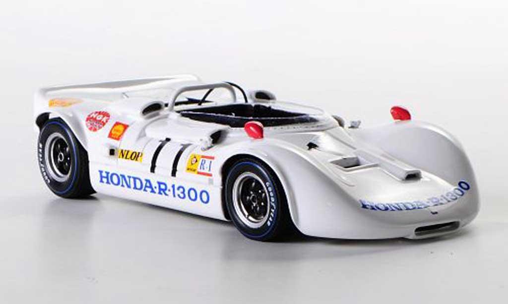 Honda R-1300 1/43 Ebbro No.11 N.Kuniomi / T.Matsunaga 1000km Suzuka 1969 miniature
