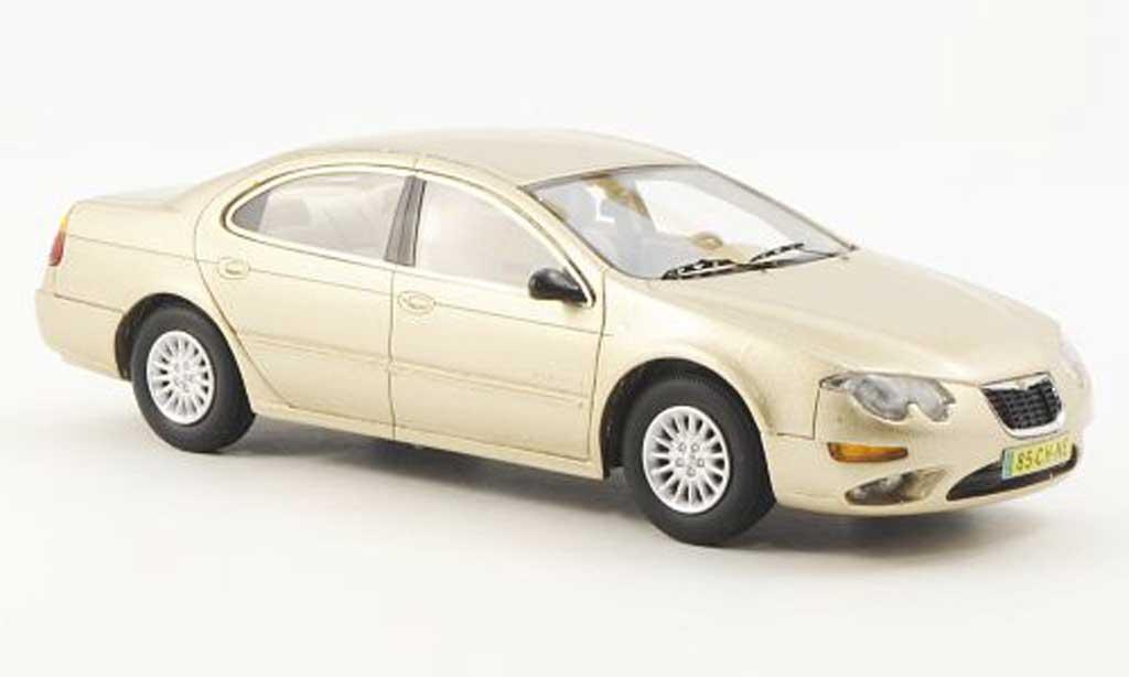 Chrysler 300M 1/43 Neo beige 2002 miniature