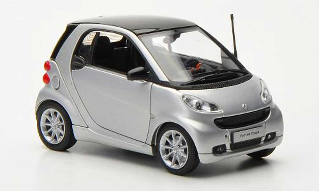 Smart Fortwo Miniature Coupe Grisegrise Grise 2010