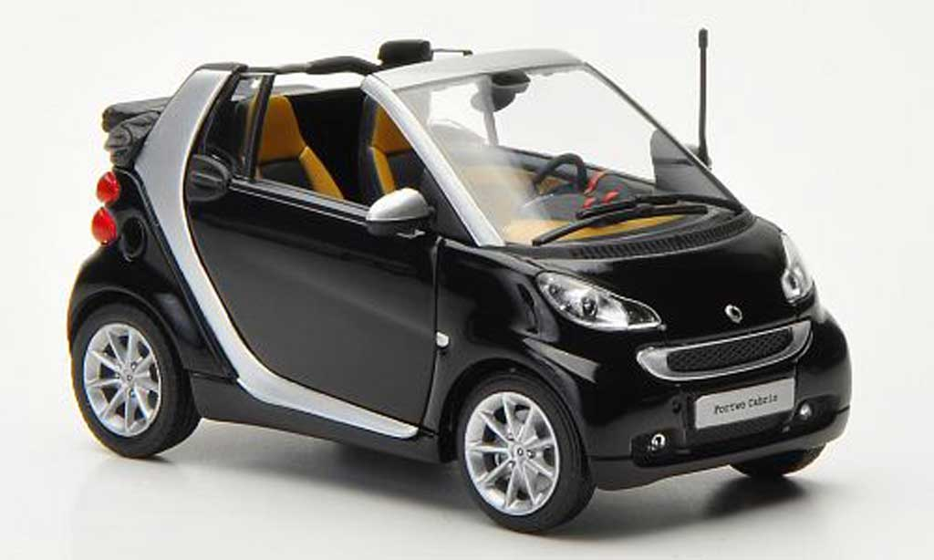 smart fortwo cabrio schwarz silber 2010 minichamps modellauto 1 43 kaufen verkauf modellauto. Black Bedroom Furniture Sets. Home Design Ideas