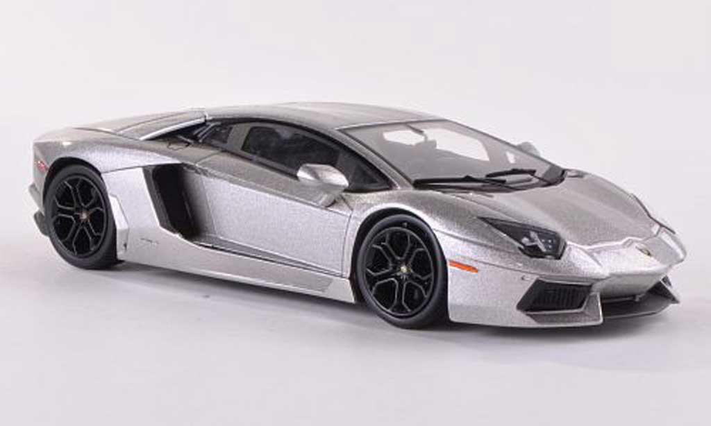 Lamborghini Aventador LP700-4 1/43 Hot Wheels Elite grisebeige Batman - The Dark Knight Rises miniature