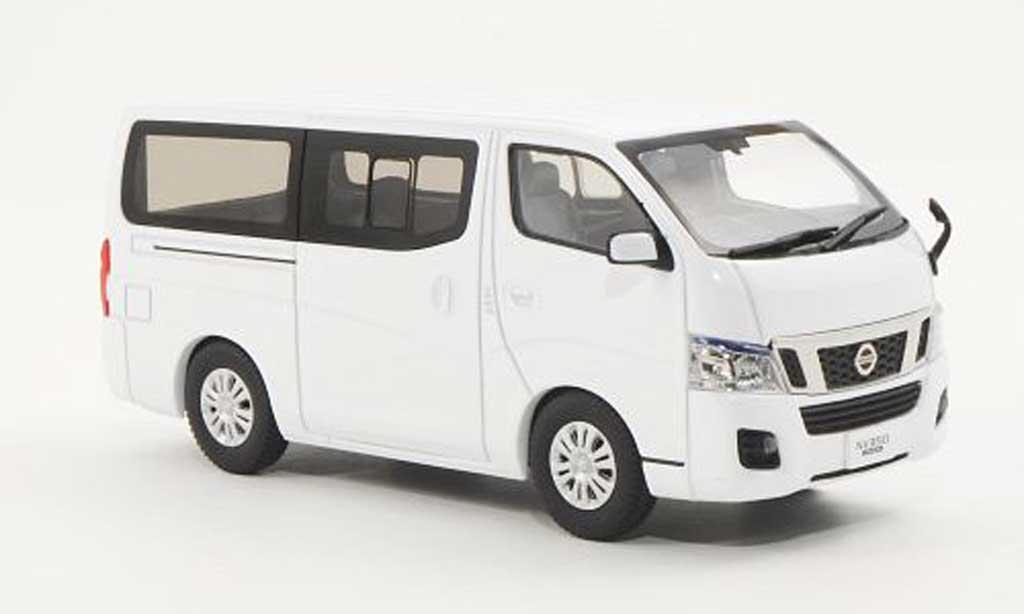 Nissan NV350 1/43 Ebbro Caravan blanche RHD miniature