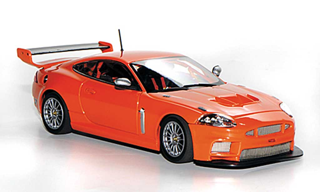 Jaguar XKR GT3 1/43 Minichamps Street orange 2008 miniature