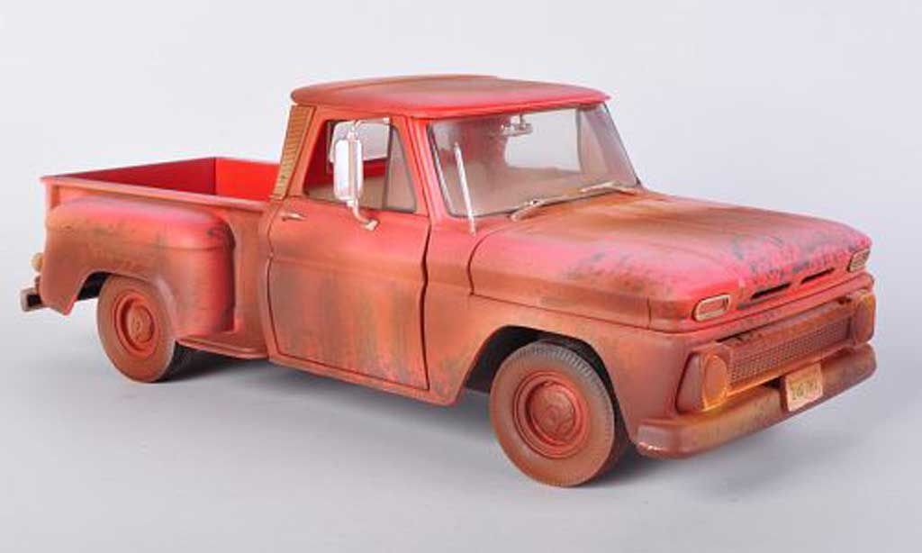 Chevrolet C-10 1/18 Greenlight Stepside rouge Twilight - Bella's Chevy Truck 1963 miniature